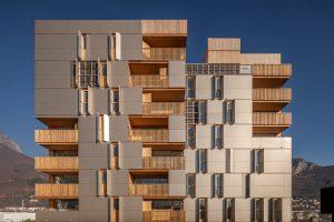 Stabile con 38 abitazioni collettive « Le Solaris »