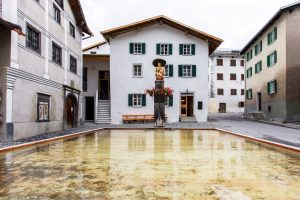 Türalihus et Gasthaus am Brunnen